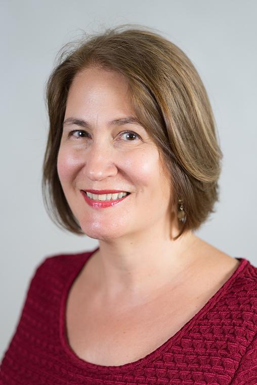 Headshot of Elizabeth Schoonmaker